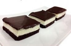 עוגת שכבות קצפת ושוקולד לפסח