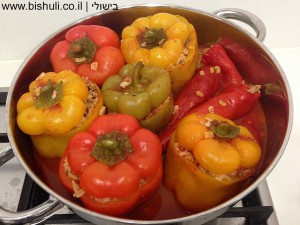 פלפלים ממולאים - פלפלים ממולאים לאחר הבישול