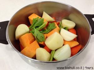מרק כתום - חיתוך הירקות